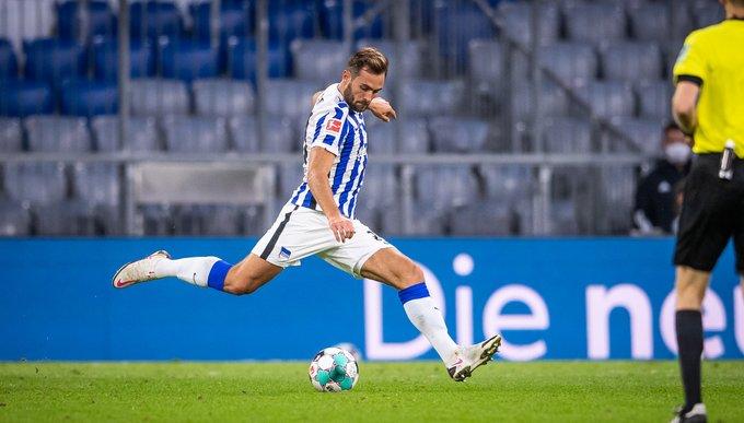 GIF:科尔多瓦头球破门,柏林赫塔扳回一球