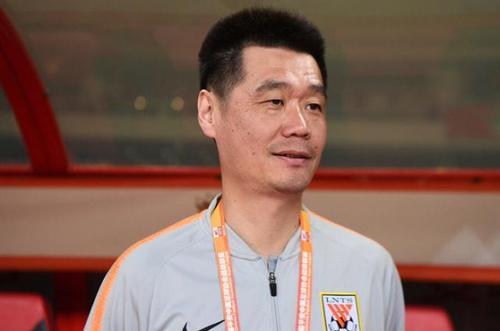 官方:李霄鹏不再担任鲁能主教练,郝伟任主教练
