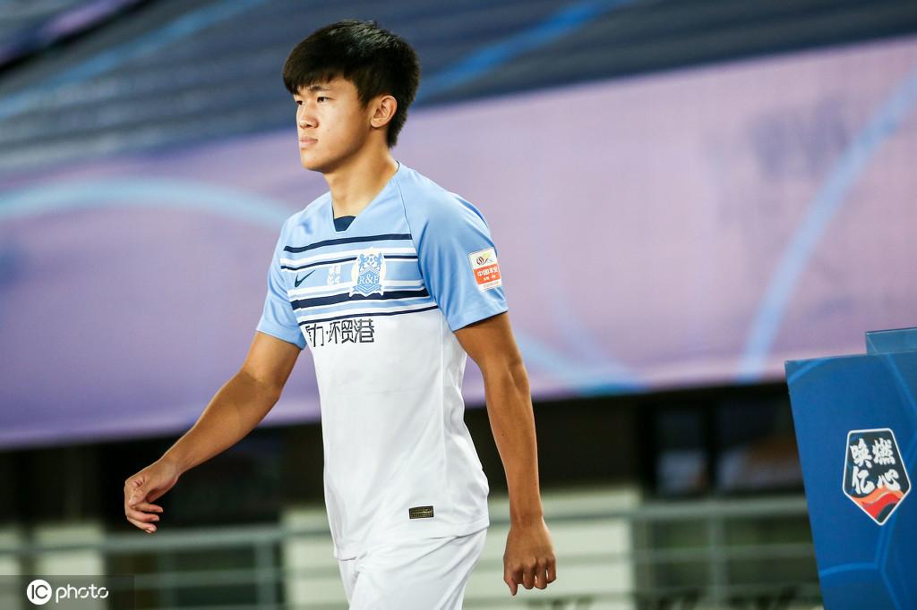 记者:富力中场陈俊乐半月板损伤致赛季报销