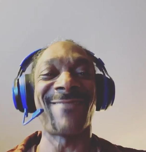 Snoop Dogg连续发布多条动态庆祝湖人夺冠:向快船致敬