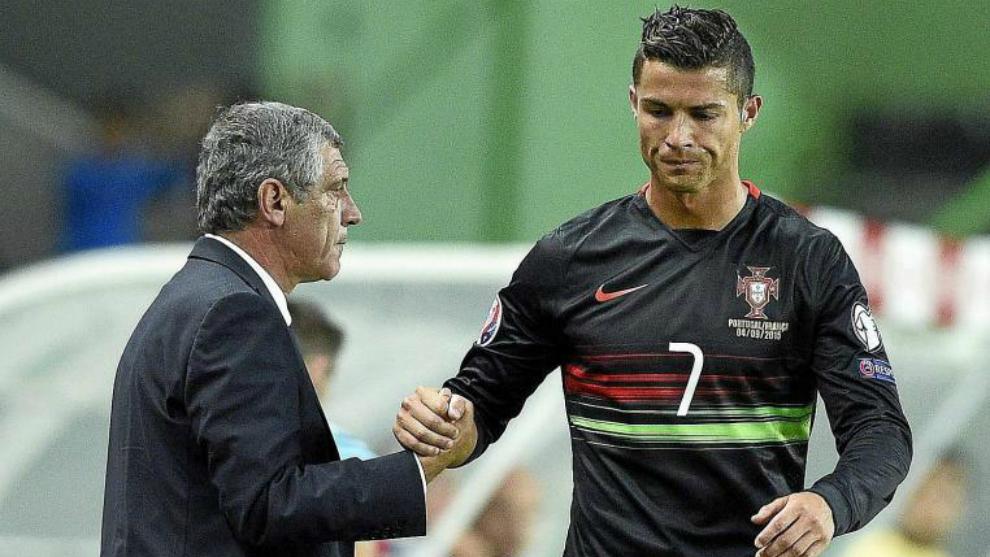 桑托斯:C罗说他想踢比赛,他虽缺席但我对其他人也有信心
