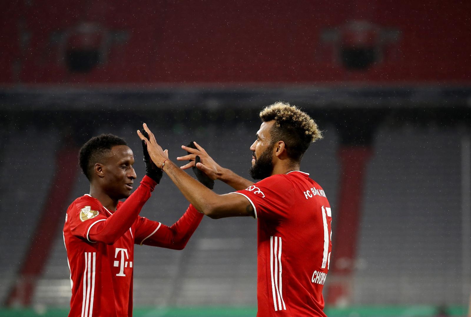 GIF:舒波莫廷铲射建功,德国杯拜仁取得领先