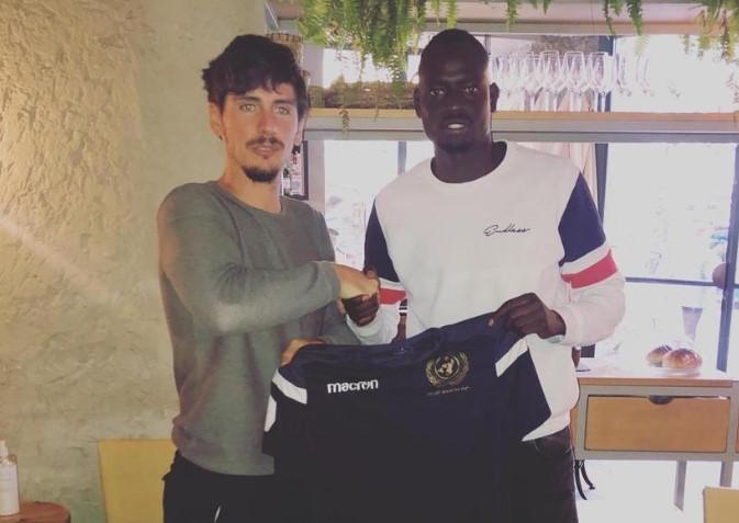 索恩-梅克的弟弟已经签约西班牙第三级别足球联赛球队