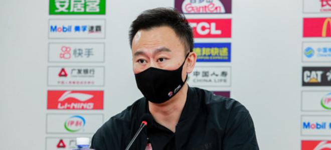 刘维伟:吴前前几场太拼让他休息,年轻球员防守不够积极