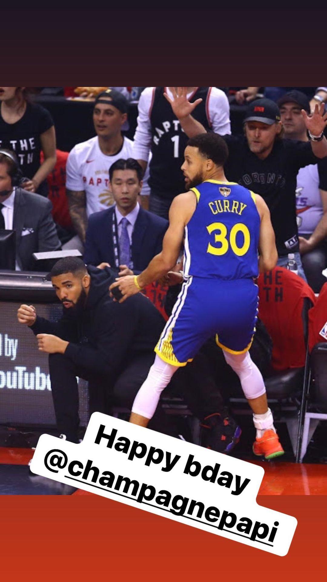库里晒出与猛龙形象大使Drake的同框照,为Drake庆生