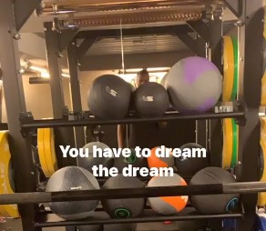 伊巴卡分享心灵鸡汤:时刻不能忘记你的梦想