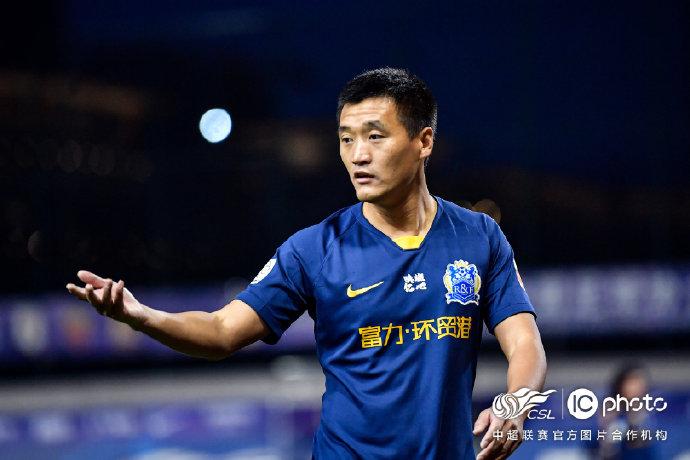 唐淼谈扎哈维离队:足球是集体运动,离了谁都