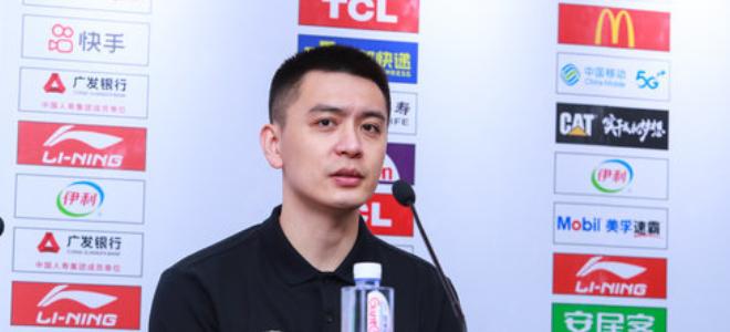 杨鸣:刘志轩是辽宁队万金油,下场打新疆会全力以赴