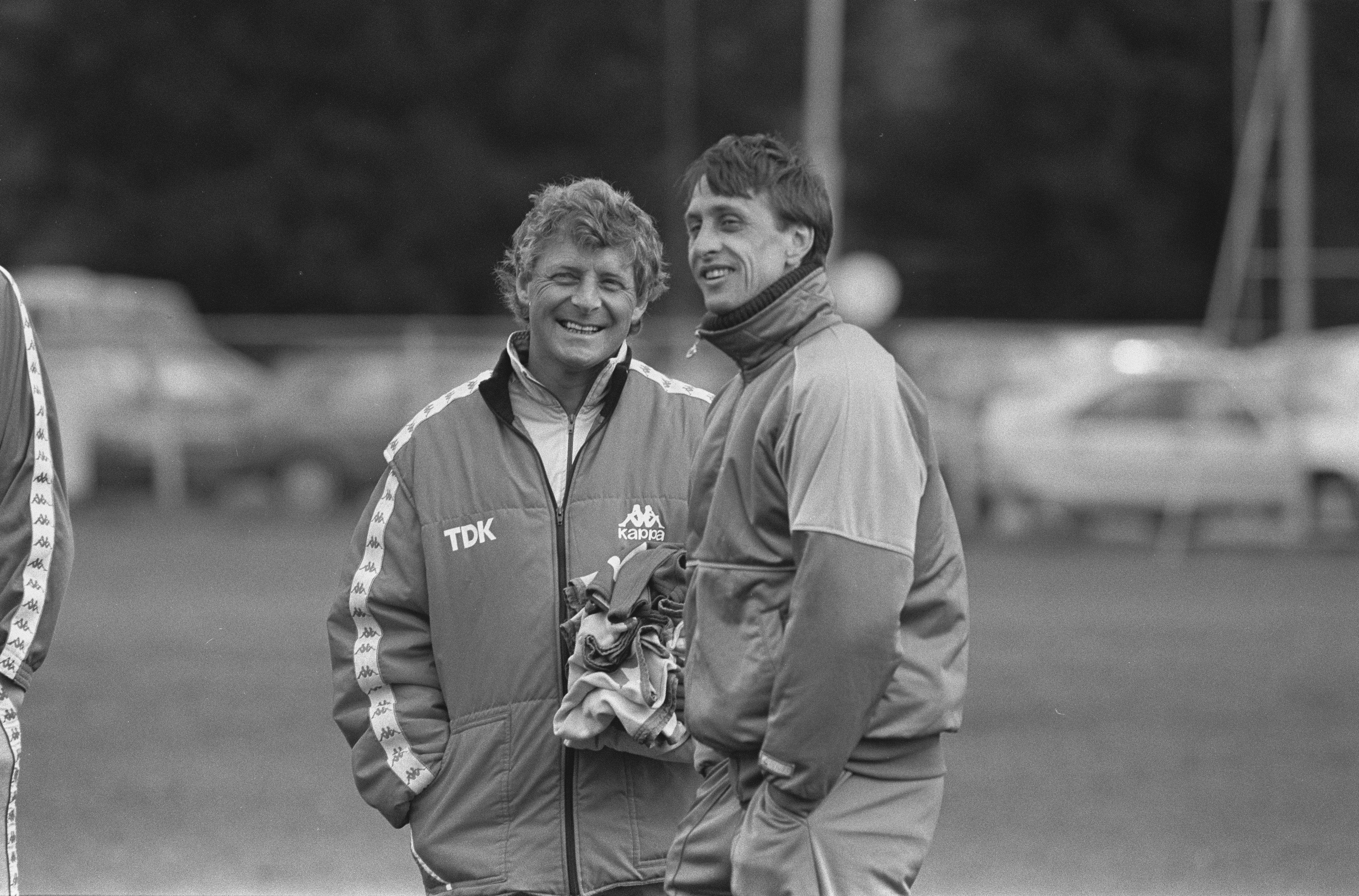 克鲁伊夫和科曼前助手辞世,曾携手打造巴萨梦一队