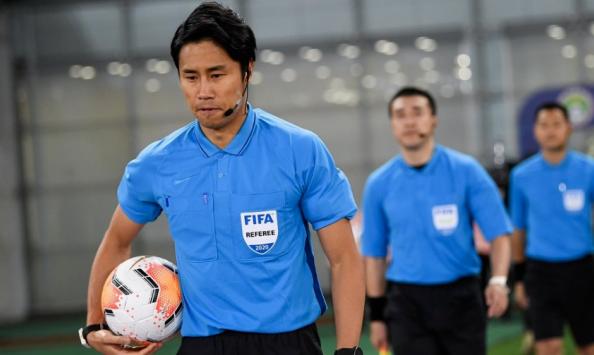 记者:韩国裁判金希坤将执法今晚恒大与国安次回合比赛