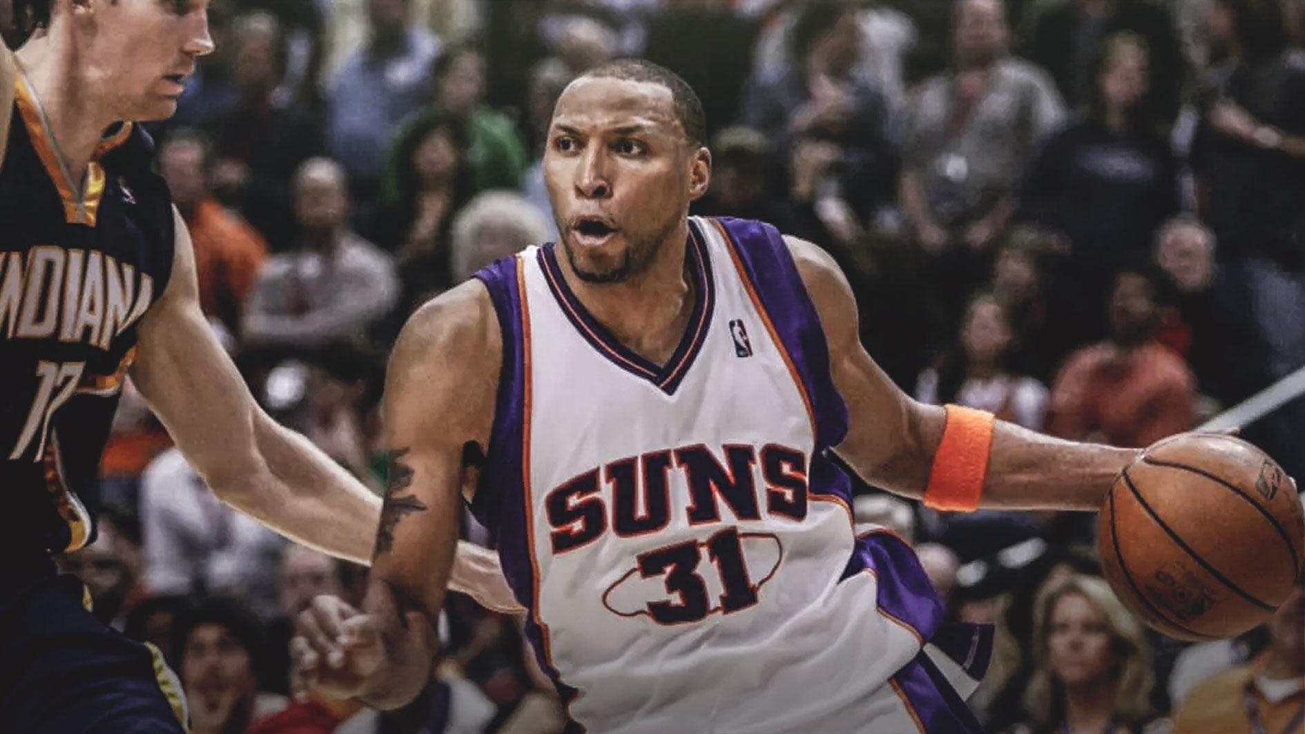 21年前的今天马里昂以太阳球员的身份迎来自己的NBA首秀
