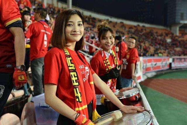 粤媒:中超决赛两回合球迷开放人数确定,每队单场各2500