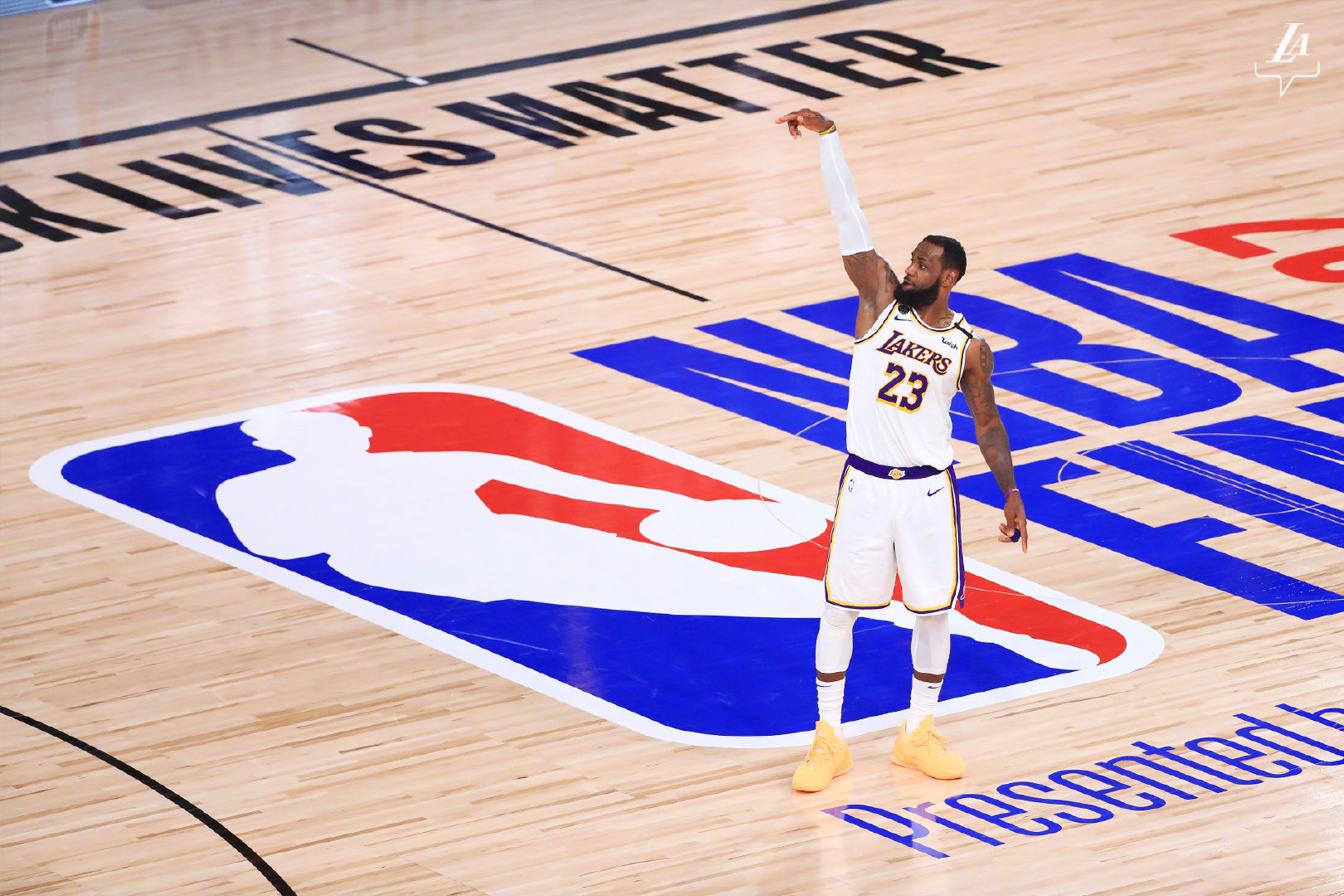 记者:三位NBA球员表示他们相信新赛季12月23日揭幕