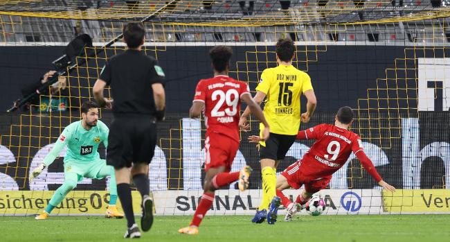 半场:罗伊斯破门阿拉巴扳平基米希伤退,众特1-1拜仁