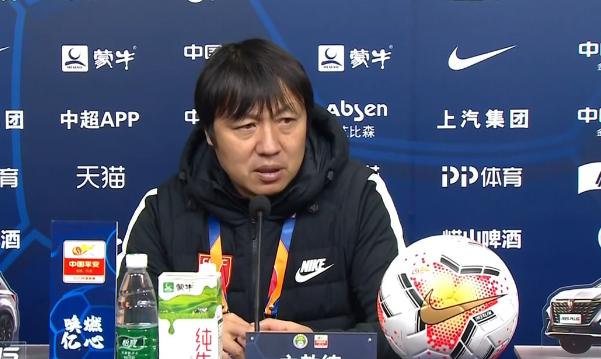 谢峰:第七照样第八不是很主要,年轻球员必要比赛去锻炼