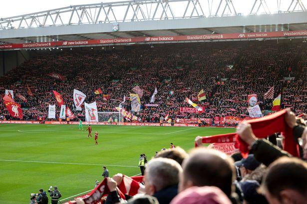 英国首相约翰逊:理解球迷们的失望,会让lol比赛哪里可以押注他们尽快回归球场