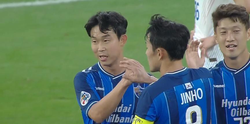 GIF:多人传递打穿后防,尹比加兰梅开二度!蔚山2-0申花