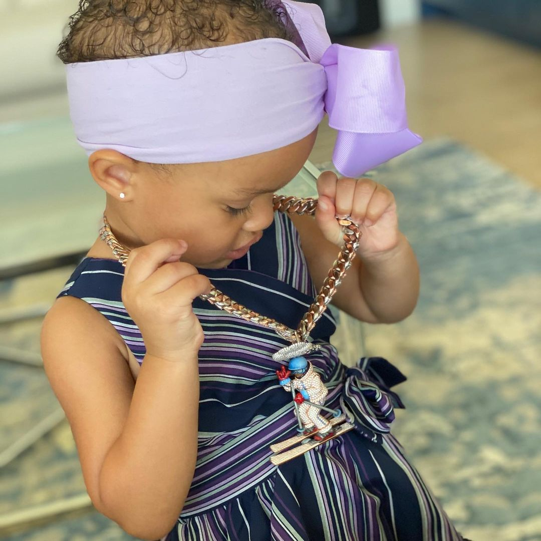 弗格森庆祝女儿两岁生日,亚历山大诺埃尔评论