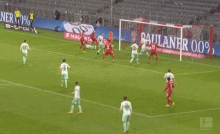 GIF:戈雷茨卡精准输送科曼头球破门,拜仁扳平比分