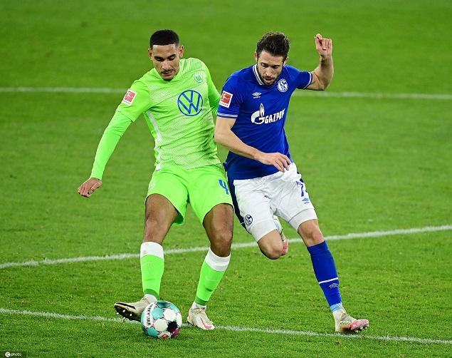 德甲:韦霍斯特传射施拉格尔进球,沙尔克0-2狼堡