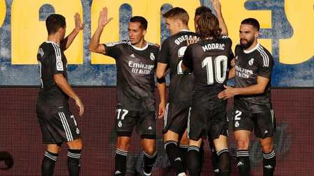 半场:马里亚诺头槌破门,皇马闪电战1-0比利亚雷亚尔