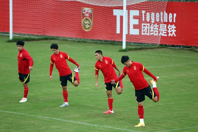 北青:国脚不再享受限薪优惠,足协将为其单发奖金
