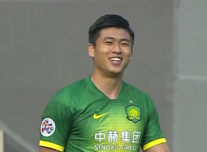 GIF:张玉宁速度碾压一条龙破门!国安3-1首尔
