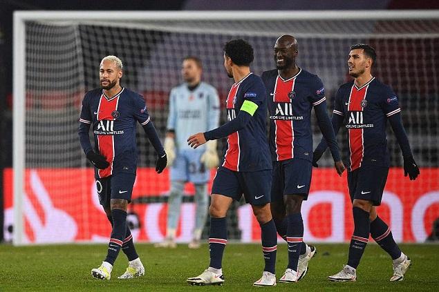 欧冠:内马尔戴帽姆巴佩双响,巴黎5-1大胜头名出线