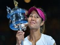 李娜送蛋获胜捧得澳网冠军